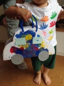 Sくん(1歳半)の大好きな車型のバッグが完成!