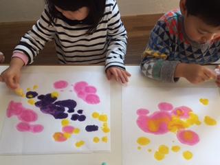 「お花のドロッピング」 まめ2クラス